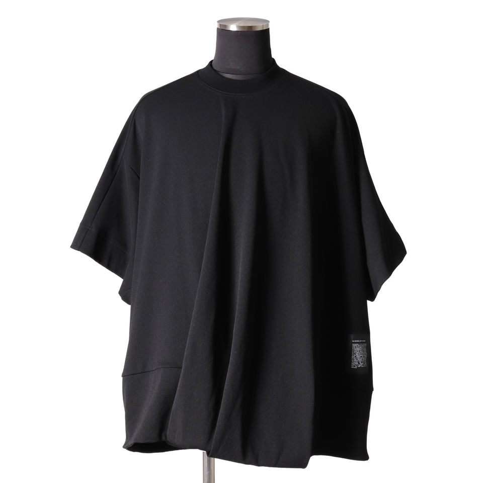 FRONT TUCKED OVER T-SHIRT BLACK