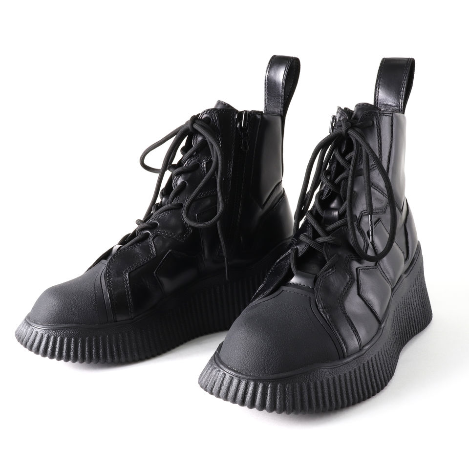 PADDED LEATHER LACE-UP BOOTS BLACK